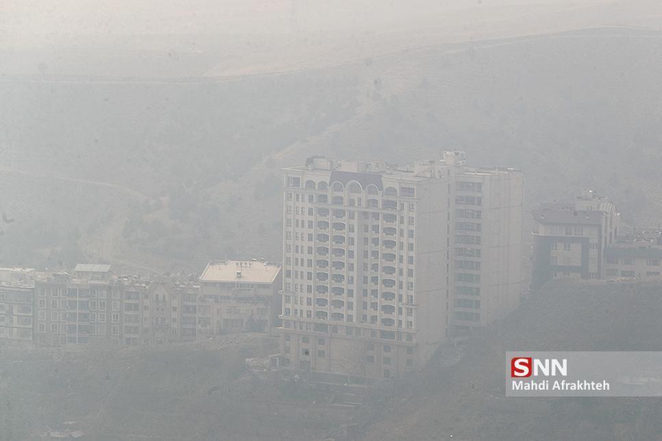 شاخص آلودگی هوا به مرز 170 رسید، هوای تهران ناسالم برای همه گروه ها