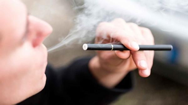 مصرف سیگار الکترونیکی باعث سکته قلبی می گردد